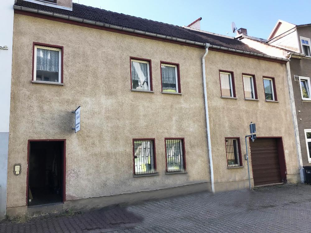 Nebengebäude-Eingang